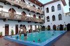 Zanzibar - både stranden och Stone Town